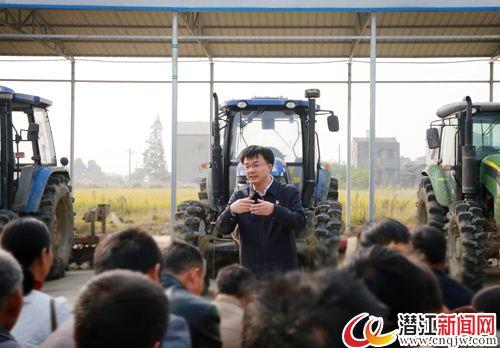 市委书记黄剑雄走进基层宣讲党的十九大精神