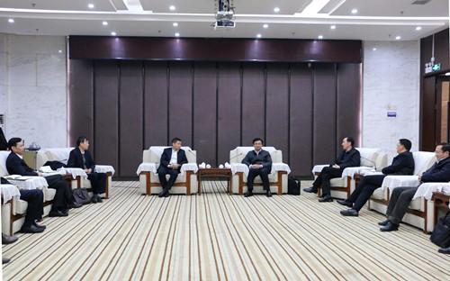 黄剑雄龚定荣会见湖北银行主要负责人文耀清